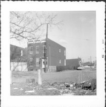 Image of [#1005 East 98th Street.] - John D. Morrell photographs