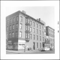 Image of [Northeast corner of Bedford Avenue (left) and S.9th Street.] - John D. Morrell photographs