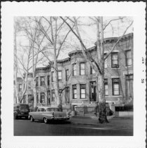 Image of [North side of 61st Street between 2nd Avenue and 3rd Avenue.] - John D. Morrell photographs