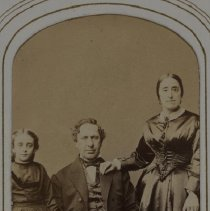 Image of [Family Portrait] - Ramus family papers and photographs