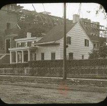 Image of Bergen House - Ralph Irving Lloyd lantern slides