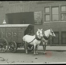 Image of [Ice Delivery from the American Ice Company to Emmanuel House] - Emmanuel House lantern slide collection