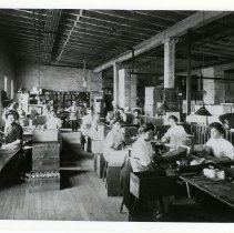 Image of [Female Factory Workers] - Eberhard Faber Pencil Company collection