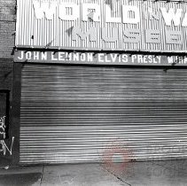 Image of [World in Wax Musee] - Anders Goldfarb photographs of Coney Island