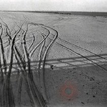 Image of [Tracks in sand at Coney Island] - Anders Goldfarb photographs of Coney Island