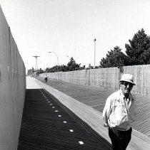 Image of [Elderly man on Coney Island boardwalk] - Anders Goldfarb photographs of Coney Island