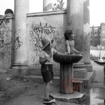Image of [Children at water fountain] - Lucille Fornasieri Gold photographs