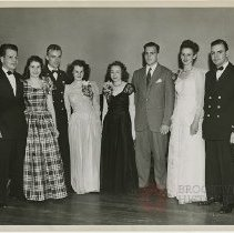 Image of [Group potrait at Packer prom] - Packer Collegiate Institute records