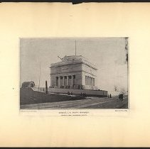 Image of General U.S. Grant's Monument  - Eugene L. Armbruster photographs and scrapbooks