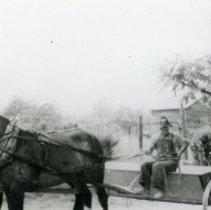 Image of Horse Pulling Wagon_1