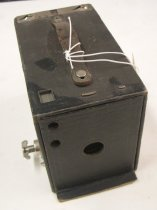 Image of 1962.003.010 - Camera, Box