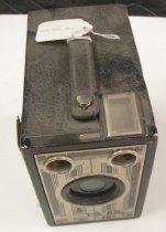 Image of 1969.005.001 - Camera, Box