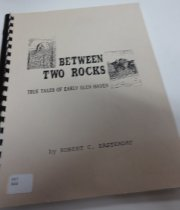 Image of 907 EAS - Personal memories of experiences, people, places and events of Glen Haven told by the author.