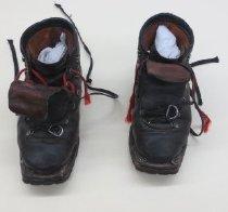 Image of 2008.028.002b - Boot