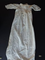 Image of 2014-020.070 - Nightgown