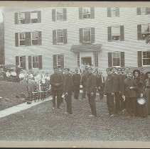 Image of Members of S[alvation]. A[rmy]. Visiting Shakers - North Family, Mount Lebanon, NY