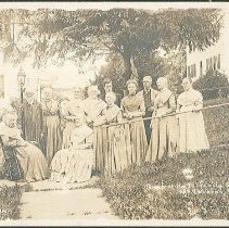 Image of Group of North Family Shakers, Mt. Lebanon N.Y. - Mount Lebanon, NY