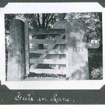 """Image of """"Gate in Lane"""" - Canterbury, NH"""
