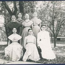 Image of [Group of Shaker Sisters] - Watervliet, NY