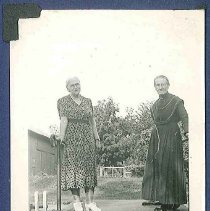 Image of [Sarah Collins and an Unidentified Sister] - Mount Lebanon, NY