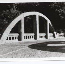 Image of photo Alexander Ave. bridge.