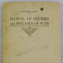 Image of Book - Injuries and diseases of war ; manual based on experience of present campaign in France