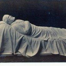 Image of Recumbant Figure of Gen. Lee