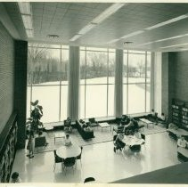 Image of Grace Dow Memorial Library: Interior