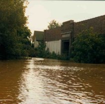 Image of Disasters - 1986 Flood--Old Fourth Ward School