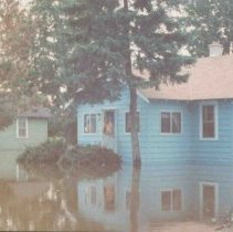 Image of Disasters - 1986 Flood--1201 Pine River Road