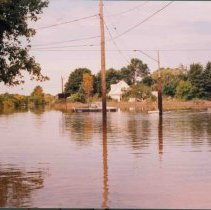 Image of Disasters - 1986 Flood--Atwell Drive and Pine River Road
