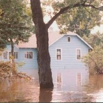 Image of Disasters - 1986 Flood--Pine River Road