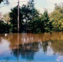 Image of Disasters - 1986 Flood--Emerson Park