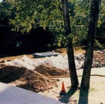 Image of Disasters - 1986 Flood--Midland Hospital