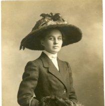 Image of Isabel Hawley
