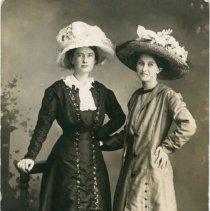Image of Alma and Alta Spence