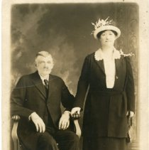 Image of Unknown groups - Unknown Man and Woman