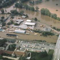 Image of Disasters - Flood of 1975-M-20 Bridge