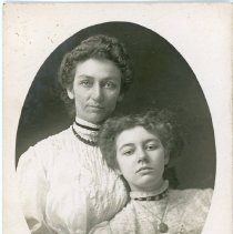 Image of Price Family - Edith and Elizabeth Price