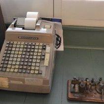 Image of 2013.14.07 - Calculator