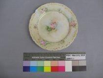 Image of 2009.3.2 Plate, Dessert