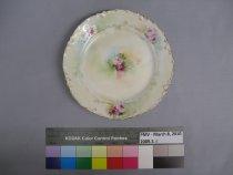 Image of 2009.3.8 Plate, Dessert