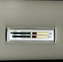 Image of Del Webb - Pen and pencil set with Del E Webb name and logo.