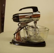 Image of Sun City General - Black Sunbeam electric mixer model 12c. Deed of gift from Tom and Virginia Watson on March 23, 2012.