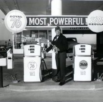 Image of Royal 76 Gas Station - Business
