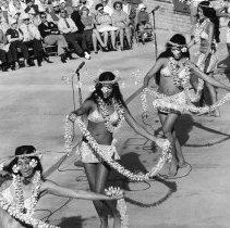 Image of 14th Anniversary  -  Royal Tahitians perform