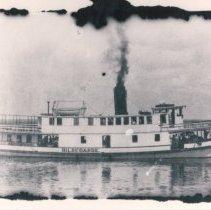 Image of Tugboat Hildegarde - Print, Photographic