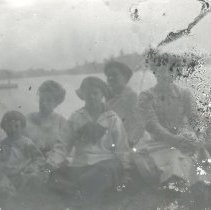 Image of Ladies and a child - Print, Photographic