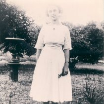 Image of Helen Kelly Griffin in Villalonga Park - Print, Photographic