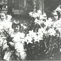 Image of Whitney sisters